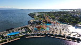İstanbul'un En Büyük Su Parkı Tuzla'da Açıldı