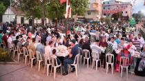 Kadir Gecesi'nde Orhanlı ve Orta Mahalle Sokak İftarlarında 3 Bin Kişi İftar Sofrasında Buluştu