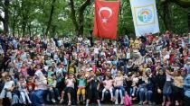 Anneler ve Çocukları, Şehit Ömer Halisdemir Gençlik Kampı'nda Birlikte Kamp Yaptı