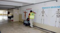 Tuzla Belediyesi Her Yıl Olduğu Gibi Bu Yıl da Okulları Temizliyor